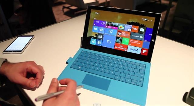 Surface Pro 3 có màn hình 12 inch (2160 x 1440 pixel - 216ppi)