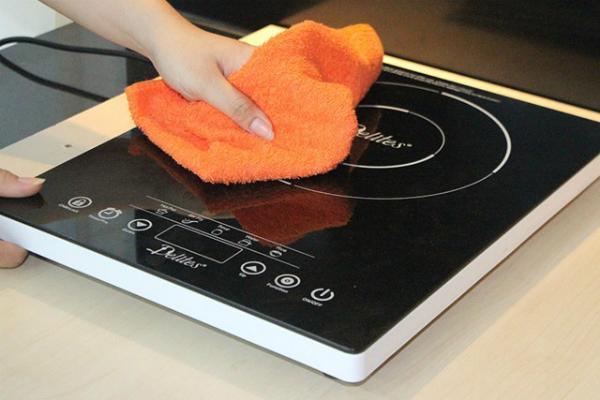 vệ sinh tăng tuổi thọ của bếp điện