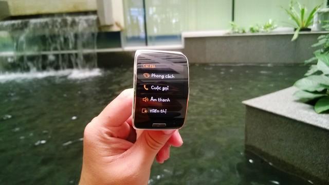 Trên tay Samsung Gear S, đẹp nhiều tính năng hay