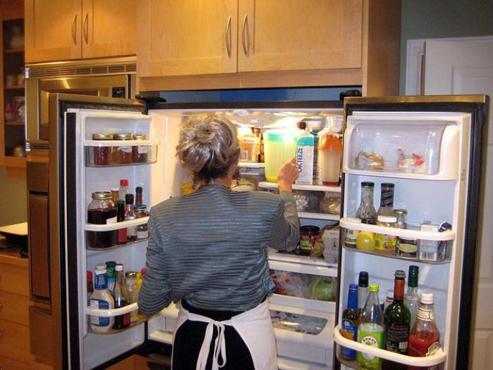 Cách làm sạch tủ lạnh chỉ trong 20 phút