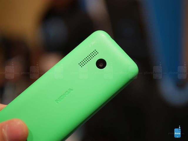 Hình ảnh Trên tay Nokia 215, thời lượng pin dài với giá chỉ 600 ngàn đồng số 2