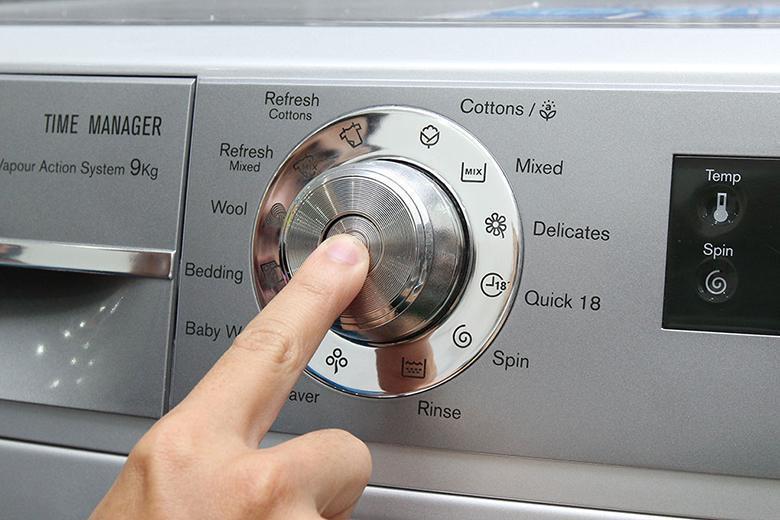 Bảng điều khiển dễ sử dụng