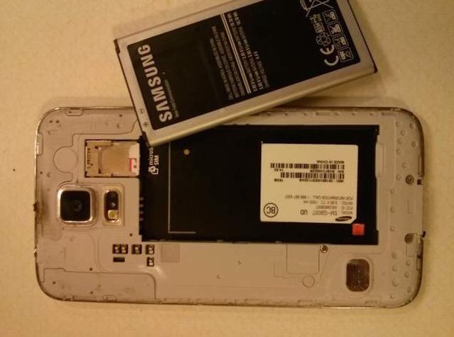 Galaxy S5 bất ngờ bị cháy không rõ nguyên nhân 5