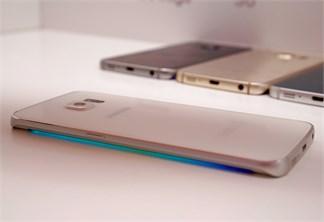 Đem hiệu ứng đèn màn hình cong Galaxy S6 Edge lên smartphone Android