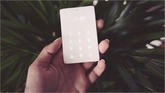 Light Phone giá 100 USD sẽ giúp nhiều người không còn tối ngày 'cắm mặt' vào smartphone (!?)