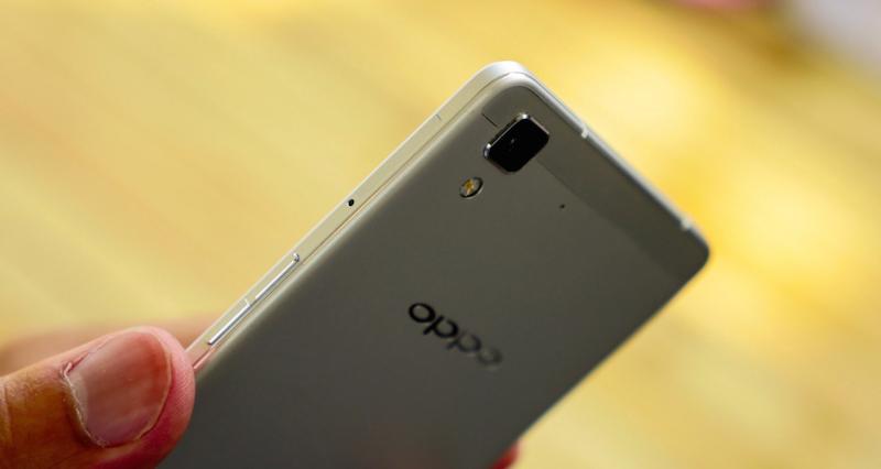 Loạt ảnh trên tay Oppo R7 và R7 Plus 1