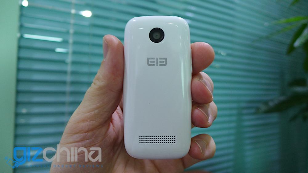 Bạn có thích smartphone nhỏ cỡ này? 1