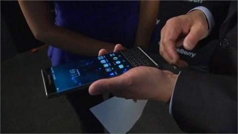 Cận cảnh BlackBerry Priv bàn phím trượt, mỏng hơn Galaxy Note 5