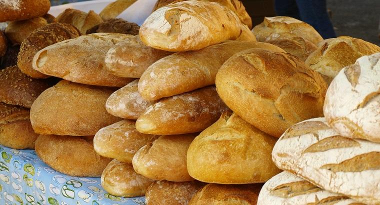 Không nên để bánh mì trong tủ lạnh