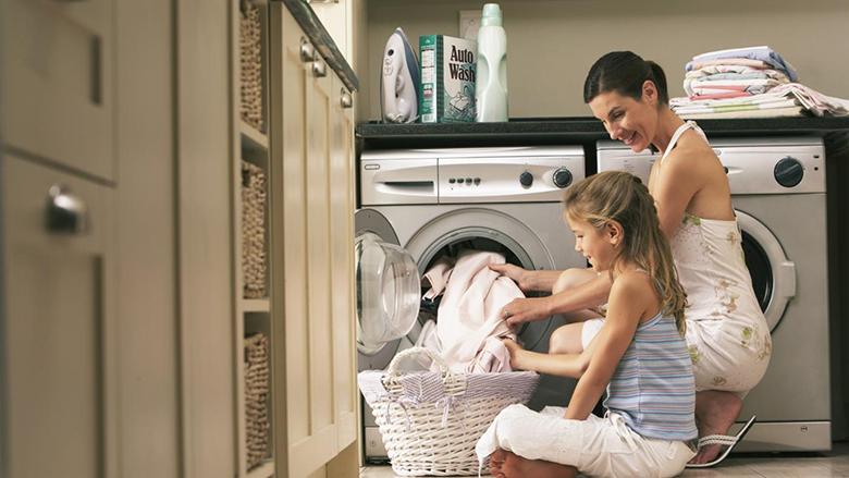 quá ít hoặc quá nhiều quần áo vào máy giặt đều không mang lại hiệu quả giặt giũ cao