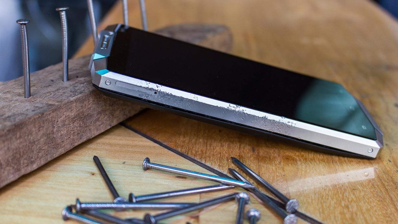Đánh giá Oukitel K10000: Pin vô đối trong thế giới smartphone - 130525