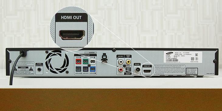 Cổng HDMI OUT trên dàn máy