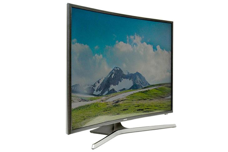 Samsung có thế mạnh TV màn hình cong