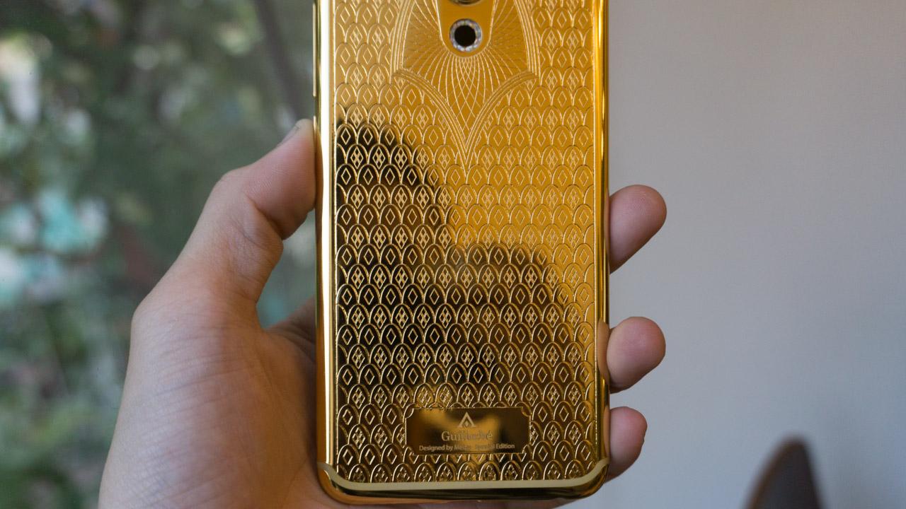 Trên tay Meizu Pro 6 Guilloché mạ vàng 24K duy nhất trên thế giới. - ảnh 2