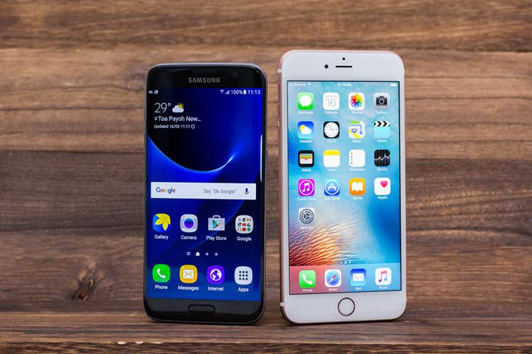 Có tiền, nên mua iPhone hay Samsung? - 187018