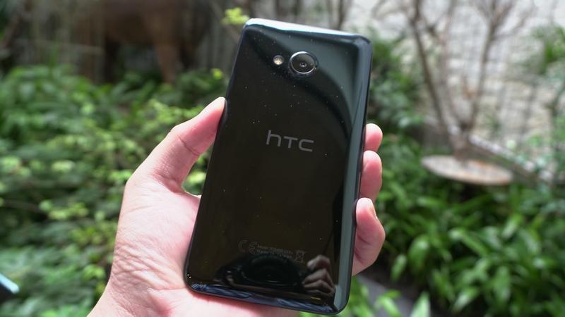 Hình ảnh trên tay bộ đôi HTC U Ultra và U Play đầu tiên tại Việt Nam - ảnh 10
