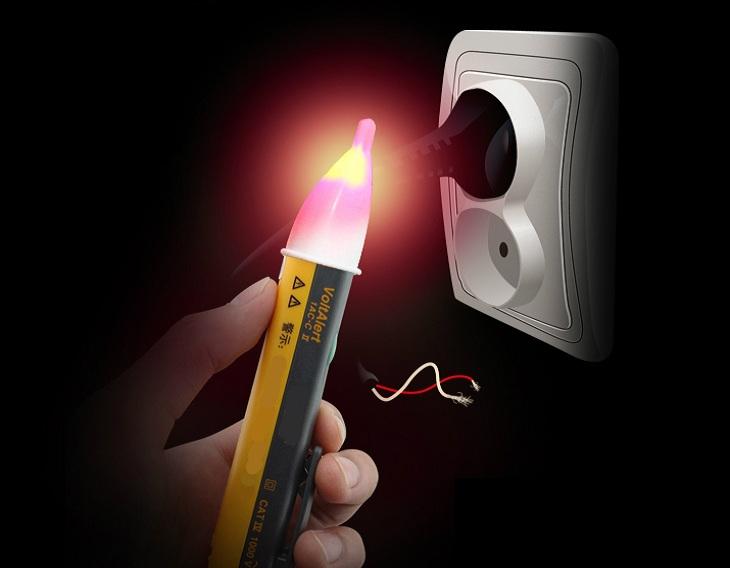 Sử dụng bút thử điện ít nhất 2 lần
