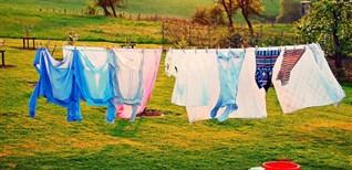 8 mẹo hay giúp quần áo khô nhanh trong mùa mưa ẩm