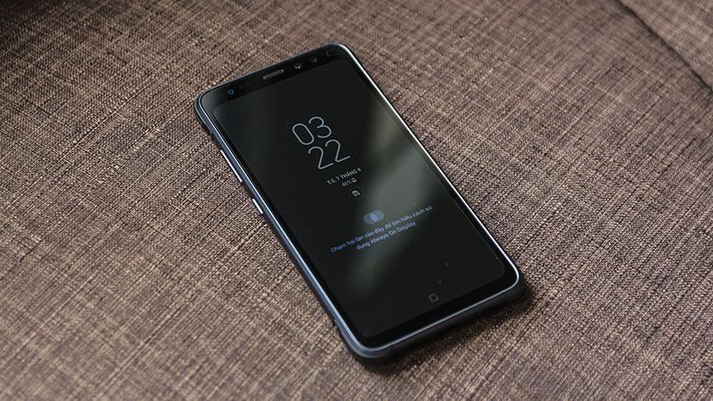 Mở hộp Galaxy S8 Active tại Việt Nam: Thiết kế đẹp như Galaxy S8, bền như Nokia 1202