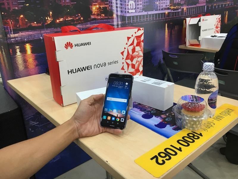 Huawei Nova 2i màn hình FullView, 4 camera chính thức mở bán tại TGDĐ