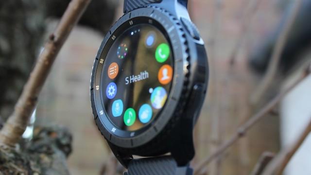 Samsung Gear S3 frontier LTE - Màn hình chất lượng hơn