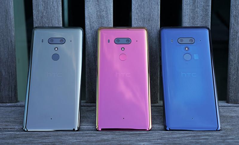 HTC U12+ với nhiều màu sắc thời thượng