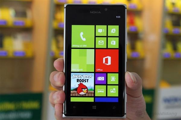 Lumia 925 màn hình OLED 4.5''