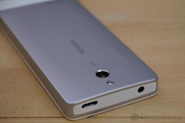 Camera Nokia 515 ấn tượng với 5MP cùng đèn Flash LED
