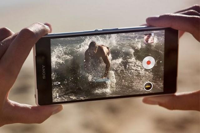 Máy có khả năng quay video chất lượng 4K, cho chất lượng từng thước phim tuyệt vời