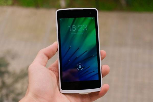 Oppo yoyo màn hình 4.7 inch ips lcd