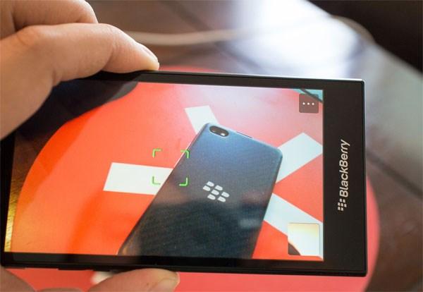 BlackBerry Z3 camera với tính năng Time Shift