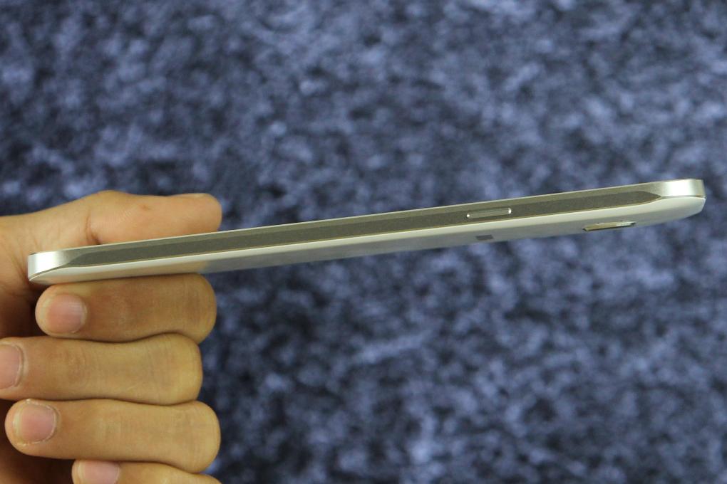 Samsung Galaxy A8 - Cấu hình mạnh mẽ và đẳng cấp hơn