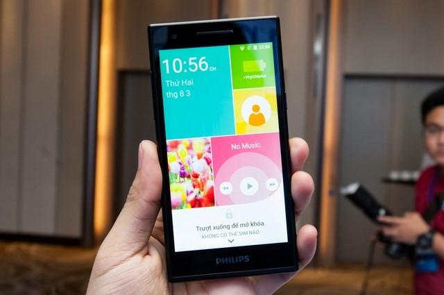 Giao diện màn hình chờ được sắp xếp khá giống với Windows phone