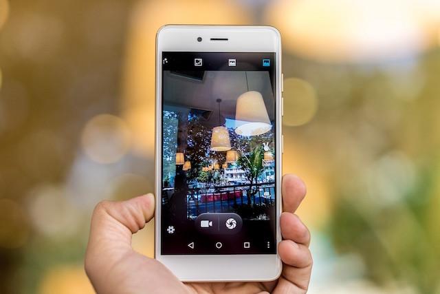 Giao diện camera đơn giản và dễ sử dụng