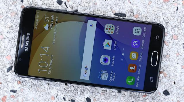 Samsung Galaxy J5 Prime - Màn hình rộng 5 inch