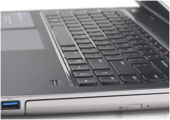 ính năng Fingerprint ở dưới góc phải của Dell Vostro 3550