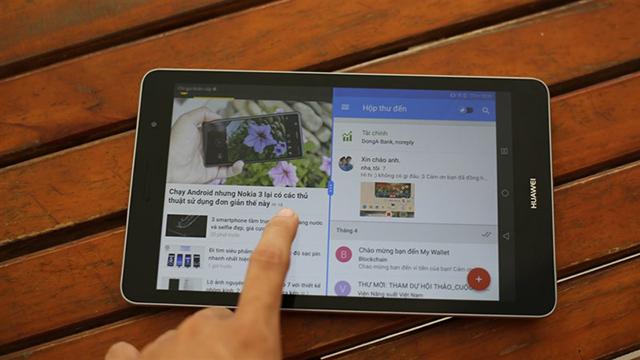Khả năng chia đôi màn hình tiện dụng