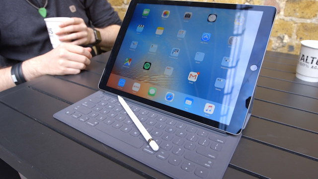 Bàn phím mô tả gần đúng nhất với những chiếc macbook của hãng
