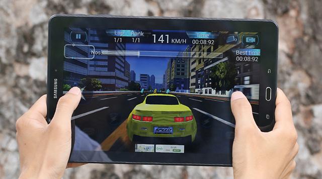 Galaxy Tab A6 10.1 Spen chơi game khá ổn