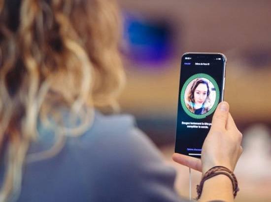 Mở khoá Face ID có thể nhanh hơn 30% và còn nhiều tính năng hữu ích khác