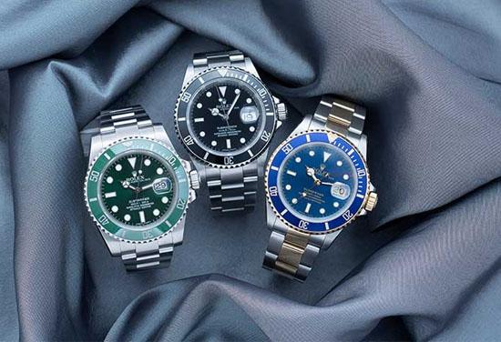 Tránh các hoạt động mạnh, trên cao khi đeo đồng hồ