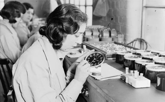Radium là một chất phóng xạ cực kì độc hại gây ra các bệnh nan y đối với con người