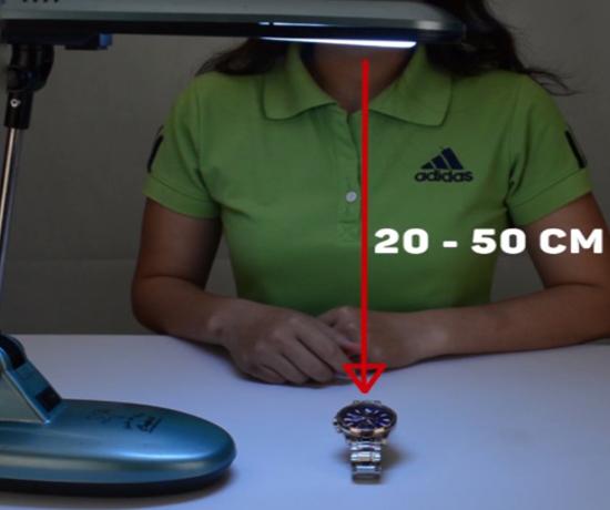 Cách chọn nguồn sáng để sạc dạ quang của đồng hồ